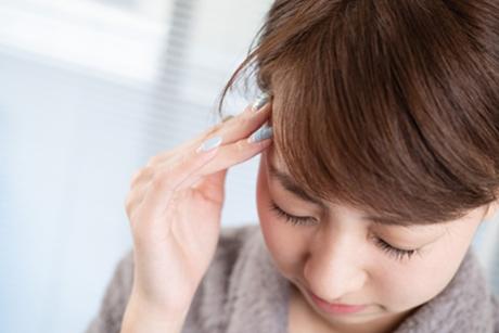 筋肉のコリによる血流の悪さも頭痛の原因になります